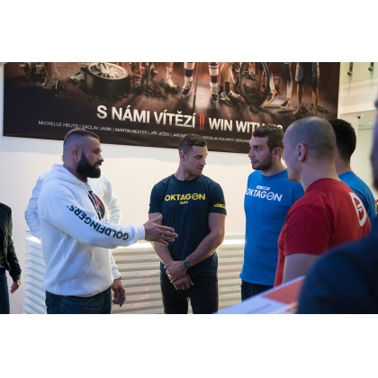 OKTAGON MMA fighters came to visit the NUTREND company